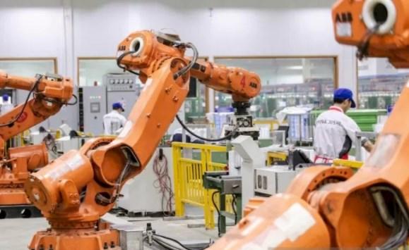 Penggunaan Robot Dalam Industri